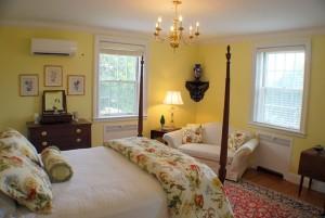 Accommodation in Yorktown VA